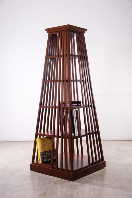 Pair of swivel bookcase made of mahogany, circa 1940. Dim: L 71 L 71 H 184.5 cm