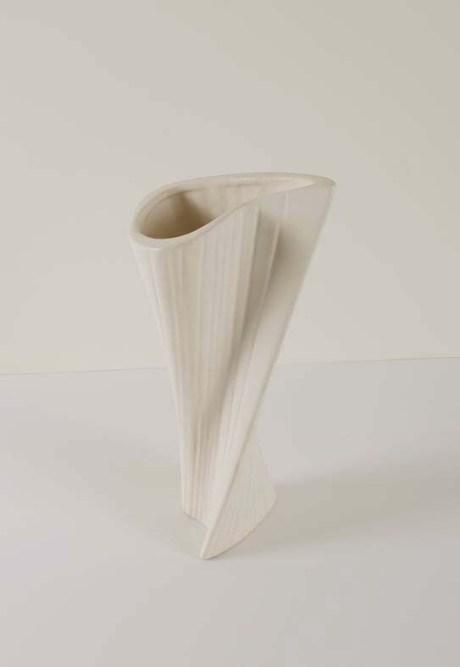 O391-Vase-Capron-low