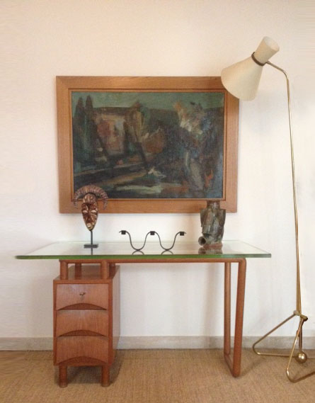 Set-up by Galerie XXe Siècle
